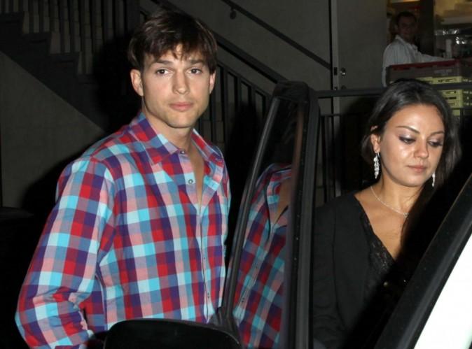 Mila Kunis et Ashton Kutcher : ils ne se cachent et vivent carrément leur amour au grand jour !