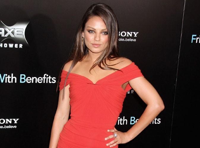 """Mila Kunis : """"J'ai utilisé une doublure pour mes fesses dans Friends With Benefits"""" !"""