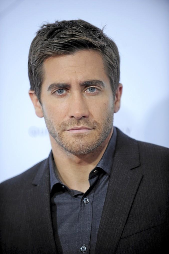 Jake Gyllenhaal est sorti avec Mila Kunis pendant une soirée en février 2011 lors ddes Golden Globes !