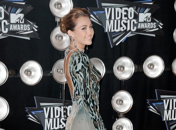 Miley Cyrus : comment fait-elle pour être si mince ?