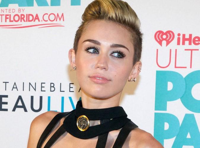 Miley Cyrus parle bien d'ecstasy dans We can't stop !
