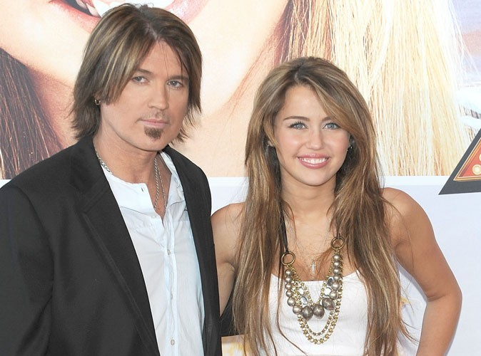 Miley Cyrus : son père jaloux de sa notoriété ?