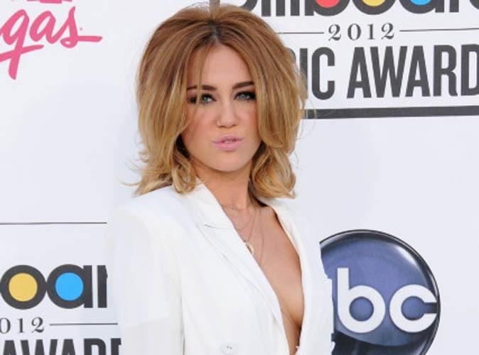 Miley Cyrus : un tatouage raté !