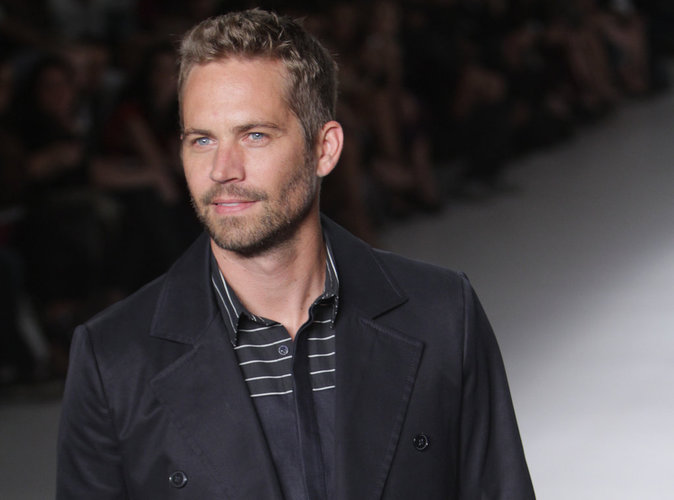 mort de paul walker porsche s en tire bien pour le moment. Black Bedroom Furniture Sets. Home Design Ideas