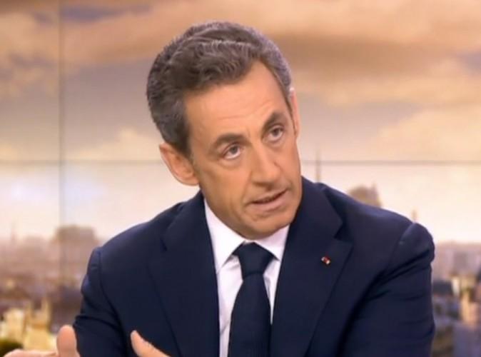 Nicolas Sarkozy : incrusté au 1er rang de la marche républicaine ? Il répond !