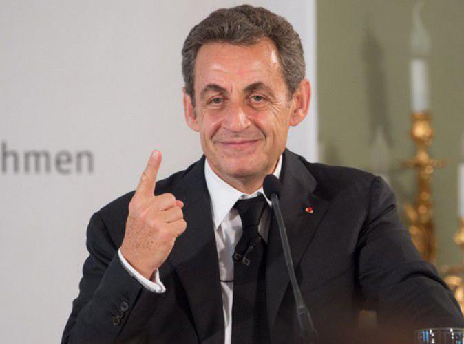 """Nicolas Sarkozy tacle Nadine Morano : """"Elle est complètement barrée"""" !"""