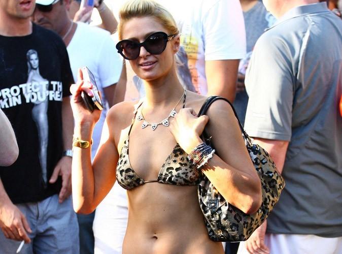 Paris Hilton : raie à l'horizon, elle est aussi adpete du string pour bronzer !