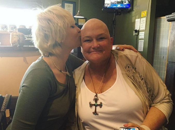 Paris Jackson n'a pas abandonné sa mère atteinte d'un cancer...