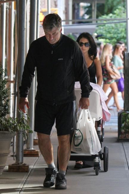 Alec Baldwin et sa femme à New York, le 25 août 2013
