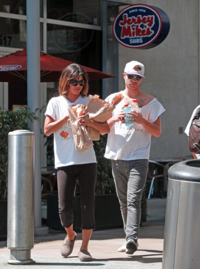 Ed Westwick et Jessica Szohr à Hollywood le 1er septembre 2013