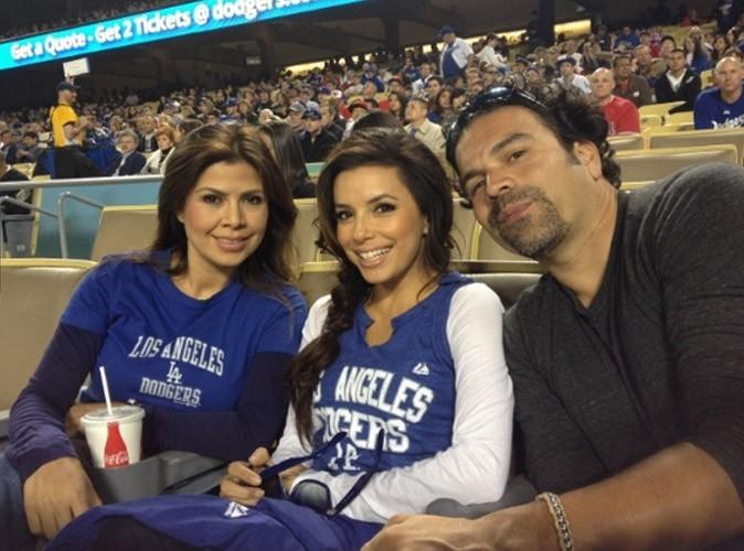 Avec ses amis au match de Baseball
