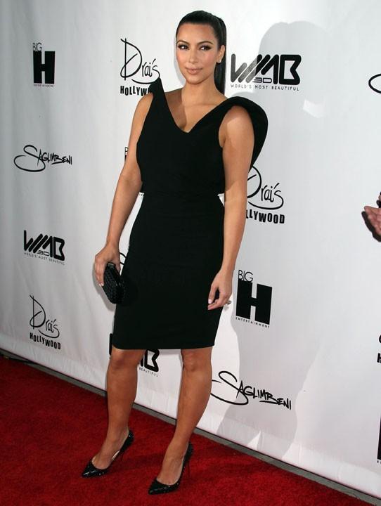 Kim Kardashian lors de la soirée World's Most Beautiful Magazine à Hollywood, le 10 août 2011.