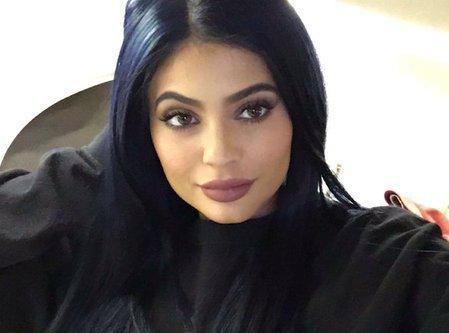 Photos : Kylie Jenner n'est plus naturelle depuis ses 9 ans !