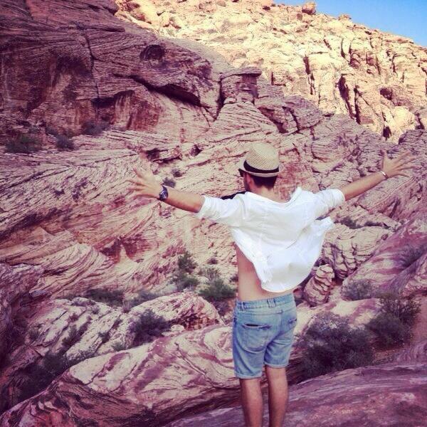 Alban Bartoli : il a réalisé son rêve, il tourne son clip à Las Vegas !
