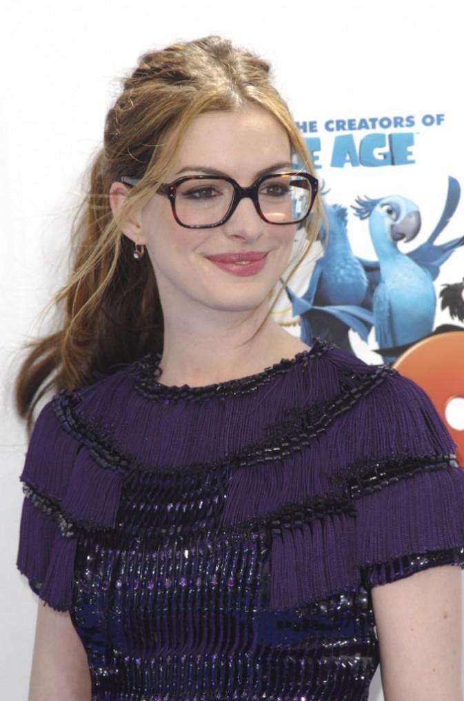 """Anne Hathaway lors de la première de """"Rio"""" à Los Angeles, le 10 avril 2011."""