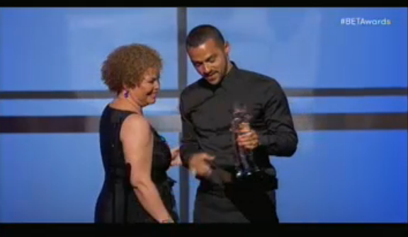 Jesse Williams, honoré pour son implication caritative