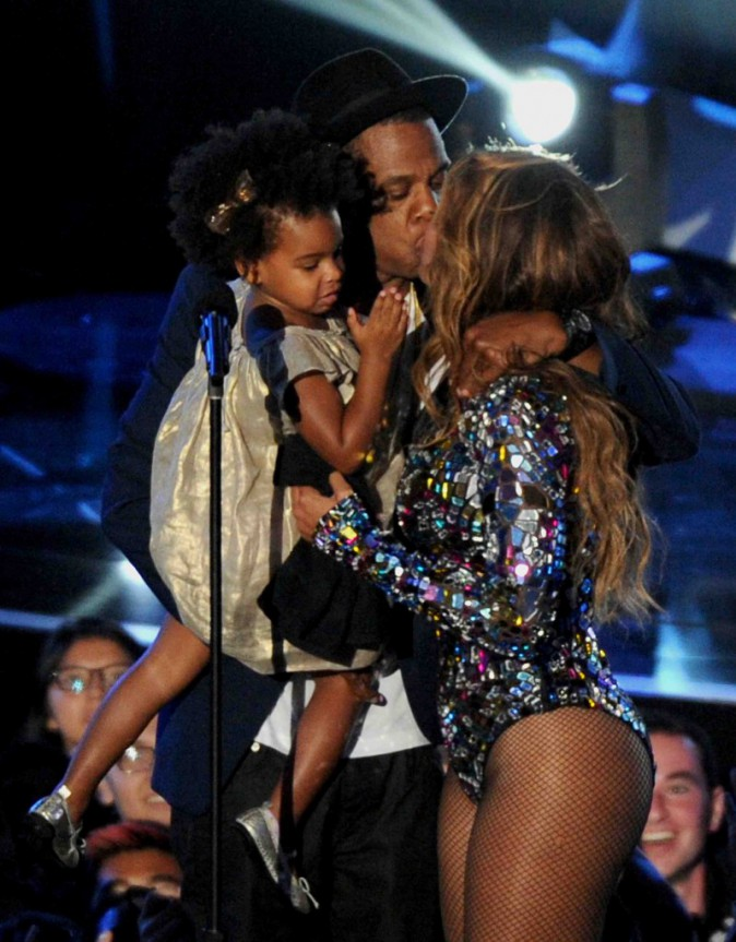 MTV VMA 2014 : Beyonc� : s�quence �motion sur sc�ne avec Jay Z et Blue Ivy !