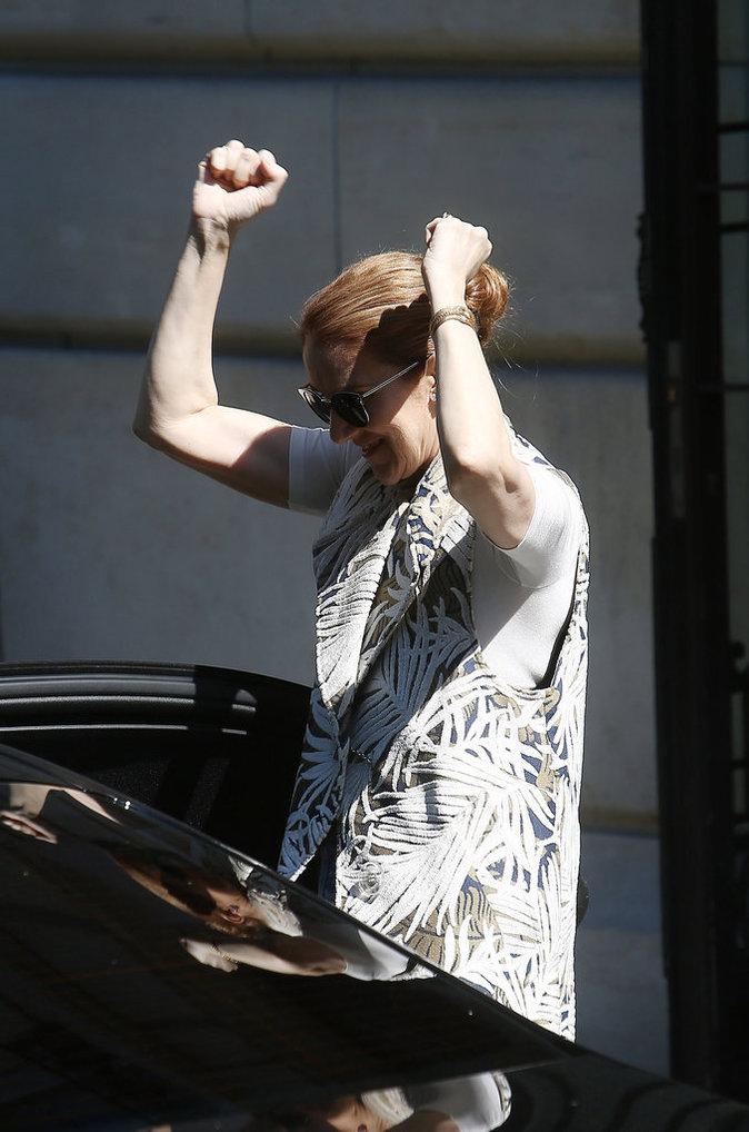 Céline Dion est derrière les Bleus