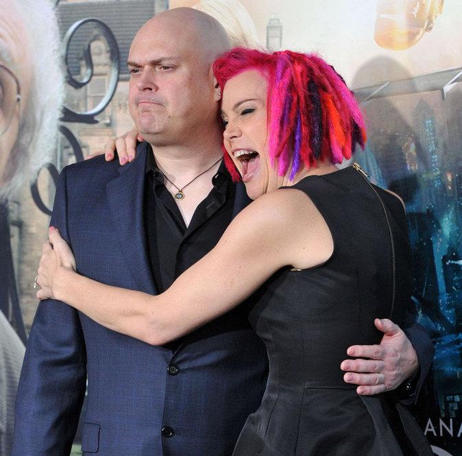 Andy Wachowski (désormais Lilly) avec sa soeur Lana (anciennement Larry)