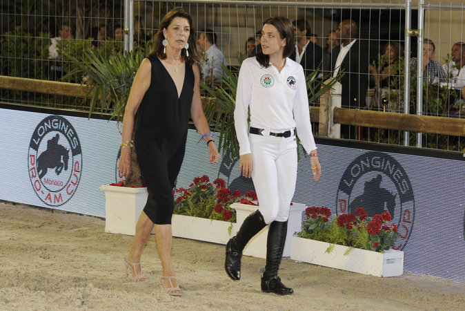 Charlotte Casiraghi et sa mère Caroline de Monaco à Monaco le 25 juin 2016