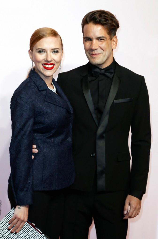 Scarlett Johansson – En couple avec le français Romain Dauriac, la jolie blonde est même venue poser ses valises à Paris ! Aujourd'hui, le co...