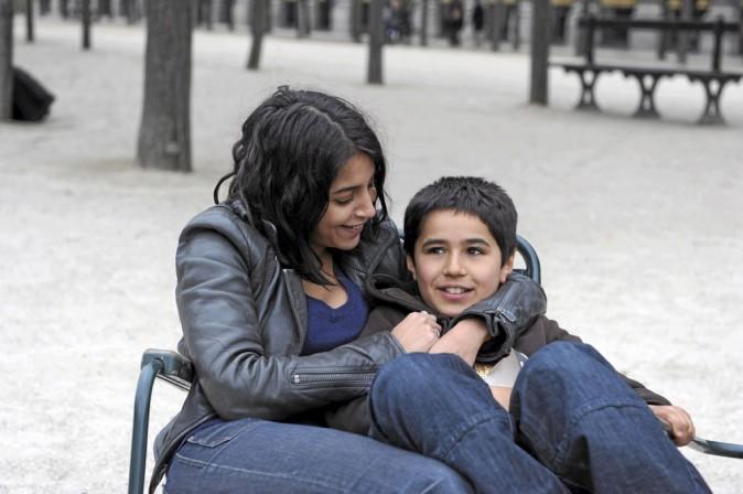Nadia (Leïla Bekhti) et son fils Slimane (Slimane Khettabi)
