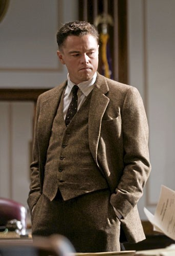 Pour incarner J. Edgar Hoover de 1919 à 1972, DiCaprio a dû revêtir quatre-vingts tenues différentes.