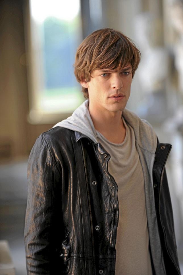 Zachary (Vincent Perez)