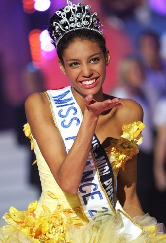 Chloé Mortaud, Miss France 2009 élue le 6 décembre 2008