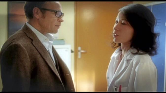 """Esther : """" Moi aussi, je travaille beaucoup et cela ne m'empêche pas d'avoir envie de toi !"""""""