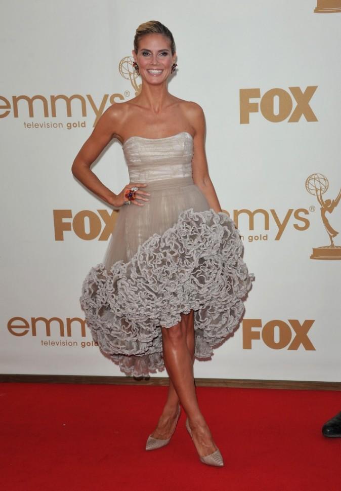 Heidi Klum lors de la cérémonie des Emmy Awards 2011, le 18 septembre 2011 à Los Angeles.