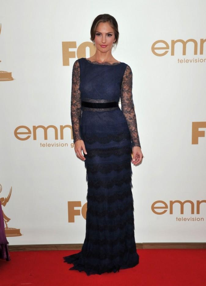 Minka Kelly lors de la cérémonie des Emmy Awards 2011, le 18 septembre 2011 à Los Angeles.
