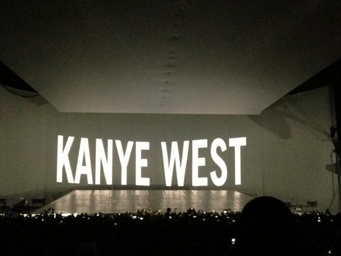 Exclu Public : Kanye West a chanté masqué au Zenith !