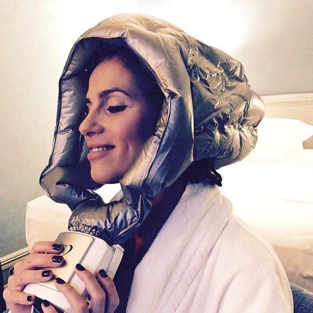 Élisa Tovati et son casque séchant de l'espace 2.0