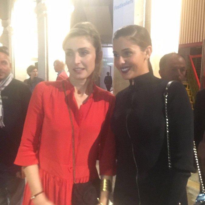 Coralie Porrovecchio rencontre Julie Gayet au Festival de La Rochelle