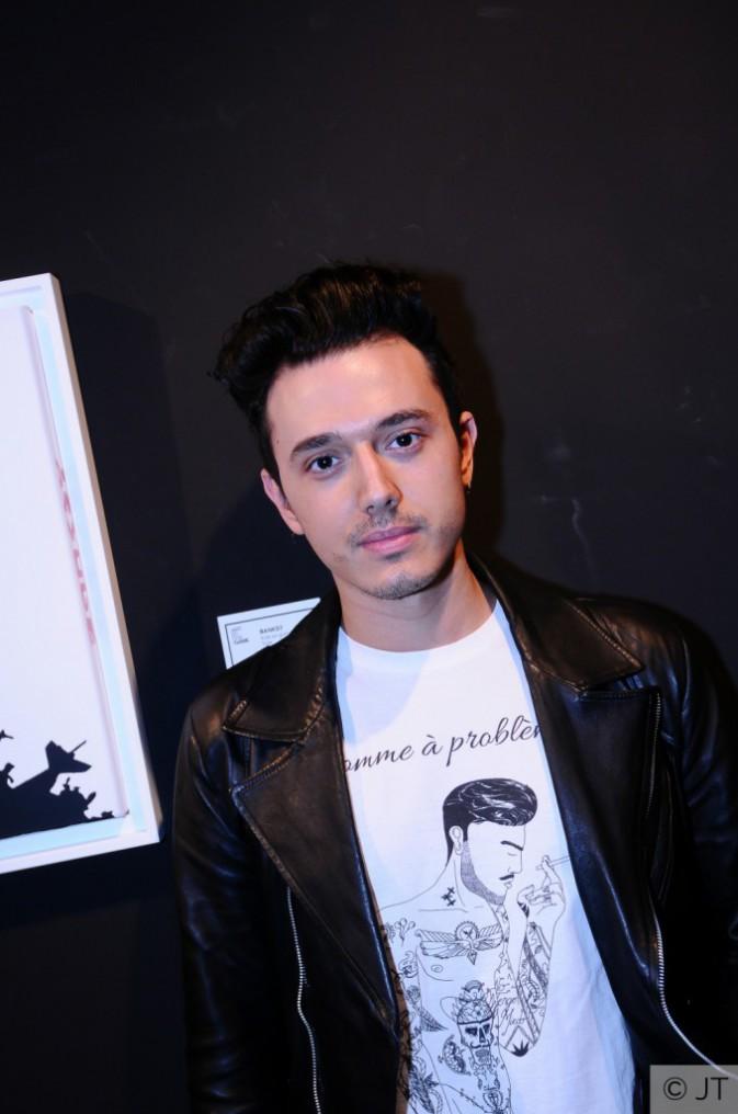"""Exclu Public : Chad Boccara, créateur de la marque """"Pardon Maman"""" au showcase de Mac Tyer !"""