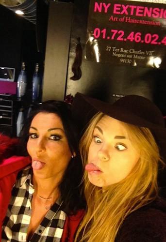 Sara (Secret Story 8) et Anaïs (Les princes de l'amour) : derniers préparatifs avant les Lauriers TV Awards