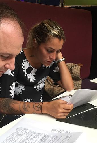 Exclu Public : Photos : un très gros contrat d'égérie pour Anaïs Camizuli !