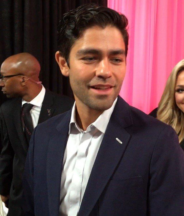 Exclu Public : Superman, Adrian Grenier, Tyga... Tous aux côtés de Public sur le Pink Carpet du Victoria's Secret Fashion Show !