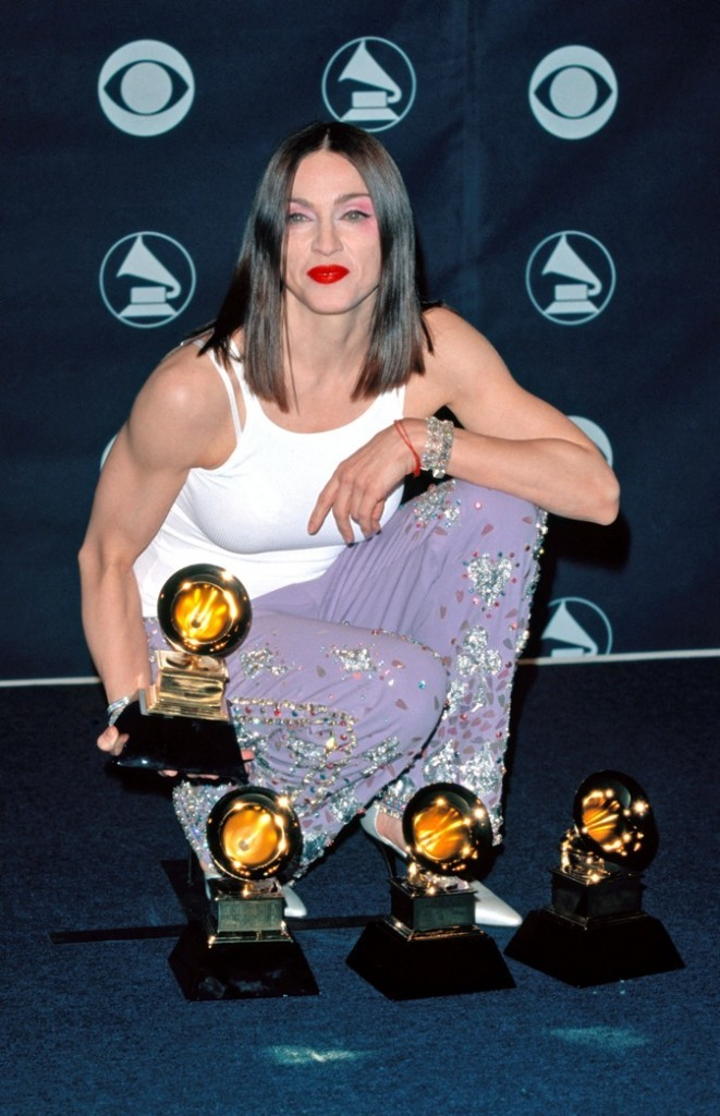 2000: Madonna aux Grammy Awards !