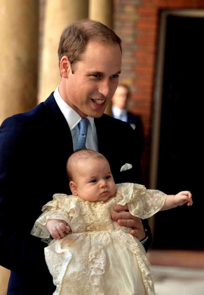 23 octobre 2013 : à croquer dans sa petite robe, qu'il n'a gardé que 30mn, le temps de la cérémonie religieuse !