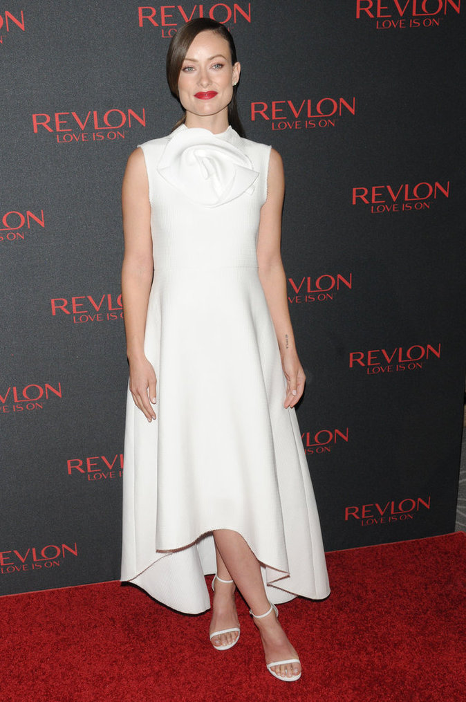 Halle Berry et Olivia Wilde : sensualité et charme pour Revlon