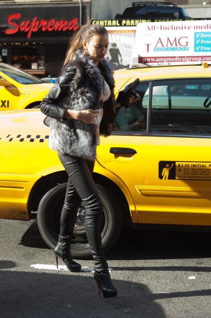 Irina Shayk se rendant au Madison Square Garden à New York, le 16 janvier 2011.