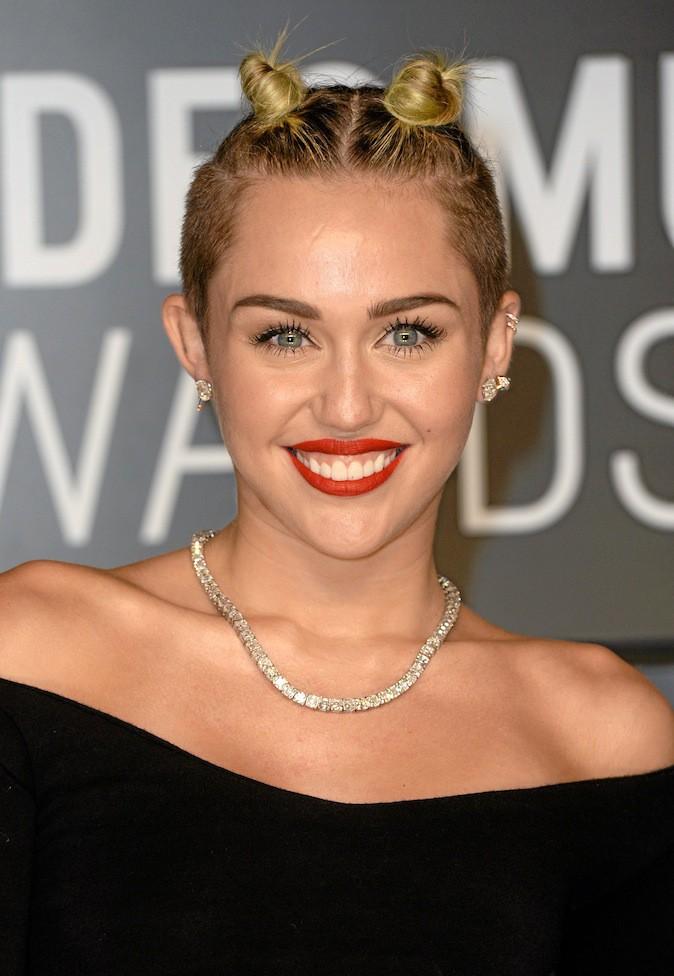 Il s'agit de Miley Cyrus !