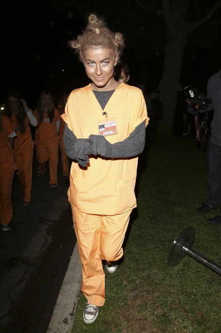 "Julianne Hough lors de la ""Casamigos Halloween Party"" à Beverly Hills, le 25 octobre 2013."