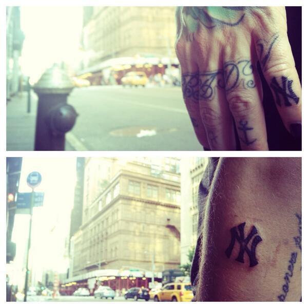 Fanny et Julien : leur nouveau tatouage !