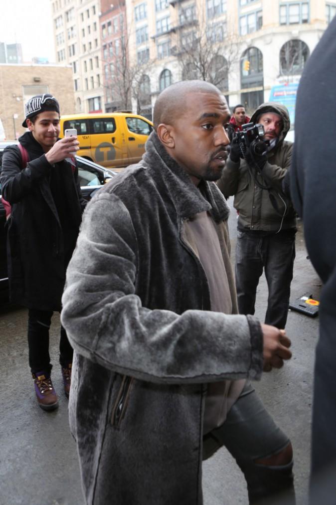 Kanye West : un rappeur amateur l'interpelle dans la rue, il lui offre un job en or !