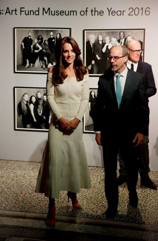 Kate de Cambridge assiste à un dîner au Museum d'histoire naturelle, le 6 juillet à Londres