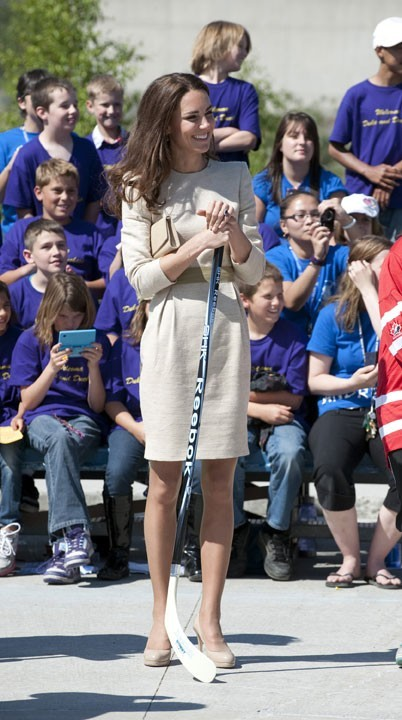 6. A 10 ans, la très féminine Kate Middleton faisait partie d'une équipe de hockey (et elle était même plutôt douée!)