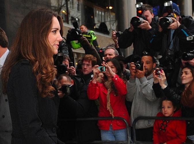 En devenant Princesse d'Angleterre, Kate Middleton doit s'habituer à être sous le feu des projecteurs
